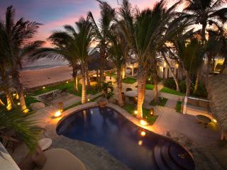 Beachfront Villa San Jose Cabo inc. staff, San Jose del Cabo