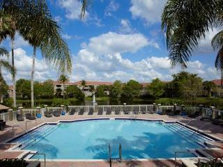 Cozy 2 bedroom Apt minutes from Sawgrass Mall