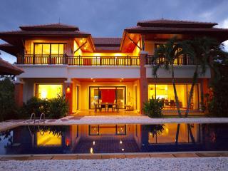 La Villa Lagoon - 4 bedroom villa in wth Lake view, Bang Tao Beach