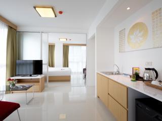 Superior Suite Condotel in Phuket town, Talat Nuea