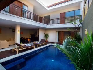 Four Bedrooms Villa