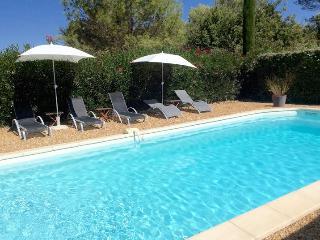 Gite***piscine, WIFI, 15km Aix-en-Provence, 4 pers, Fuveau