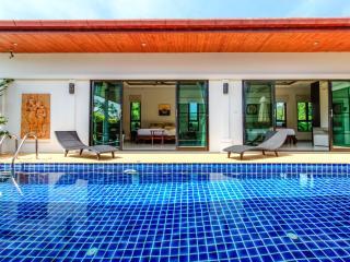 Privacy & Stunning Pool Villa in Rawai