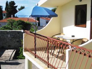 Lovely flat with balcony near beach in Croatia