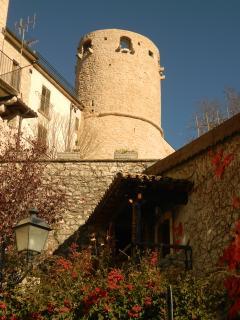 Torre del Castello di Barrea