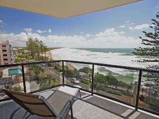 Unit 10, Phoenix Apartments, 1736 David Low Way Coolum Beach - Linen Included, $500 Bond