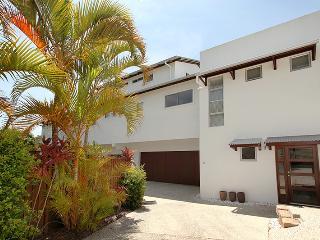 Apartment 2, 31 Lang St, Coolum Beach - $500 BOND
