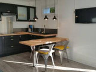 "Appartement ""HERMES"", Puy-l'Eveque"