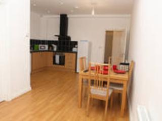 Spacious 1st floor 1 bedroom apartment, Londres