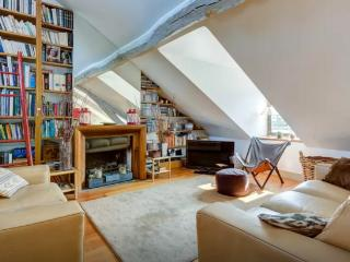Charming duplex close to Montmartre, Paris