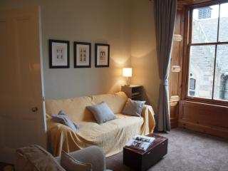 Jeffrey St (Flat 1): Royal Mile, City Centre