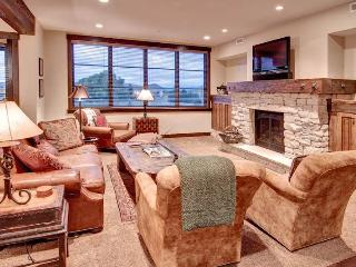 Park City Ski-in/Ski-out Condo with 2 Bedrooms and Spa!