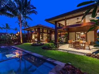 Big Island Villa on the Hualalai Golf Course ~ Room for 10, Kailua-Kona