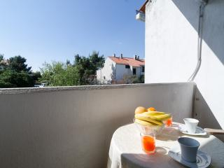 Apartment Amela-Two Bedroom Apartment with Balcony