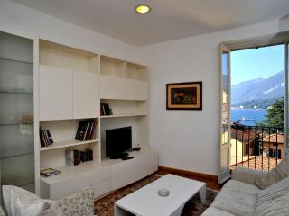 Apartment La Plaza with lake view, Bellagio