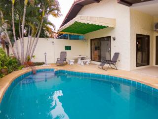Baan ChaiNam 2 bedroom villa near Walking Street, Pattaya