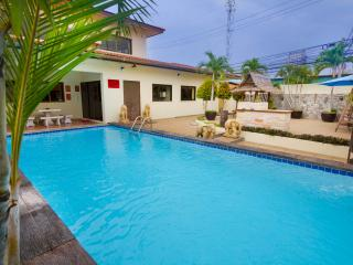 Baan ViewBor 4 bedroom villa near Walking Street, Pattaya