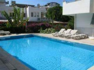 2 Bed Villa with pool only 50 metres from beach, Kuşadası