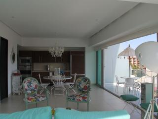 Luxury condo available due to cancellation, Puerto Vallarta