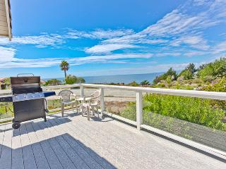 540/Sea Horse Beach House *OCEAN VIEWS/ ELEGANT*, La Selva Beach
