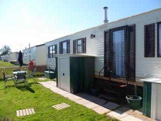 STATIC CARAVAN, WINCHELSEA  SANDS HOLIDAY PARK