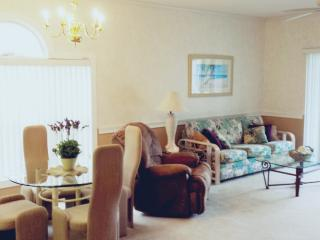Feel like home in this great condo!