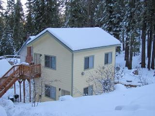 Yosemite Woods: Comfortable Yosemite Retreat!
