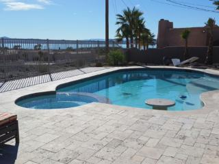 3 bed Home with Pool and an Amazing Lake view, Lake Havasu City