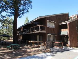 Yosemite West Condominiums