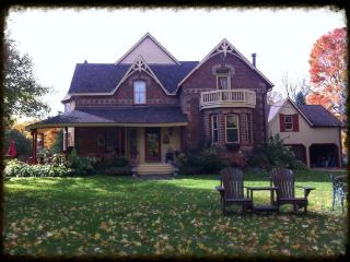 The Maples Bed and Breakfast, Mulmur