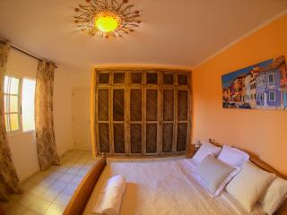 SUNNY TERRACED APARTMENT, Playa de las Americas
