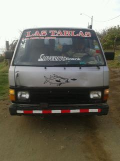 Mini-bus that makes trips to/from Las Tablas from Uverito Beach