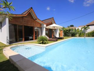 #D7 Sumptuous villa 800m from the beach, Seminyak