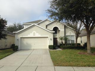 Windsor Hills Resort Beautiful 6 BR Pool Home, Orlando