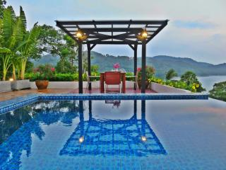 Honeymoon Private Pool Penthouse Walk To Kata Beac, Kata Beach