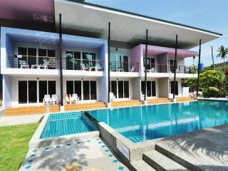 Teasing Bungalow on Phi Phi Island!, Ko Phi Phi Don
