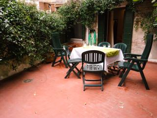 Venice Arsenale private courtyard Apartment