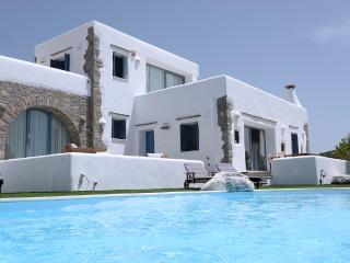 Villa Gusto with private pool-unique seaview, Paros