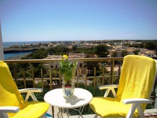 Apartamento en primera línea y a 200m. de la playa, Porto Colom
