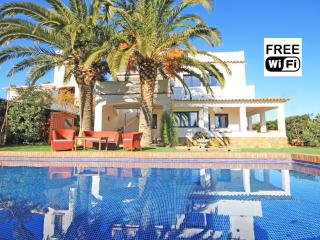 Holiday home for rent: Villa with pool in L´Escala, L'Escala