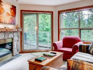 Aspens #315, 1 Bdrm, Ski-in Ski-out, Serene Forest View, Free Wifi, Whistler