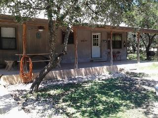 Frio River! - Canyon Oaks Subdivision - RIVER ROAD HOUSE home in Concan!