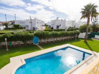 Duncan Purple Villa, Olhos de Agua, Algarve