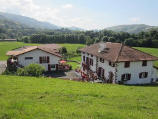 Location MAISON RURALE LARRETENIA au PAYS BASQUE, Bidarray