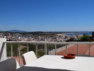 2 bed apartment in Lagos Algarve Portugal sea view