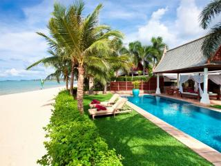Villa 96 - Luxury Beach Front with Full Service, Mae Nam
