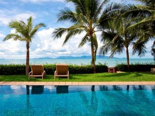 Villa 96 - Beach front luxury with Thai chef service and private gym