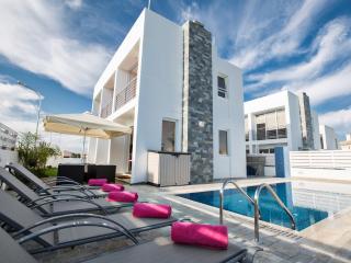 Cyprus In The Sun Villa FAKA8 Gold