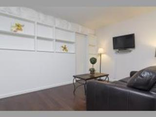 REMARKABLE 2 BEDROOM APARTMENT - 2, Long Island City