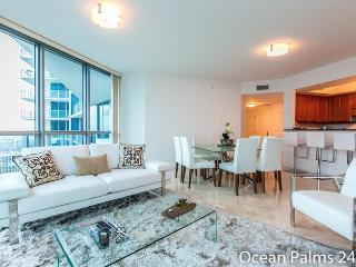 The Spade  - 3 Bedrooms + 3 Bathrooms, Hallandale